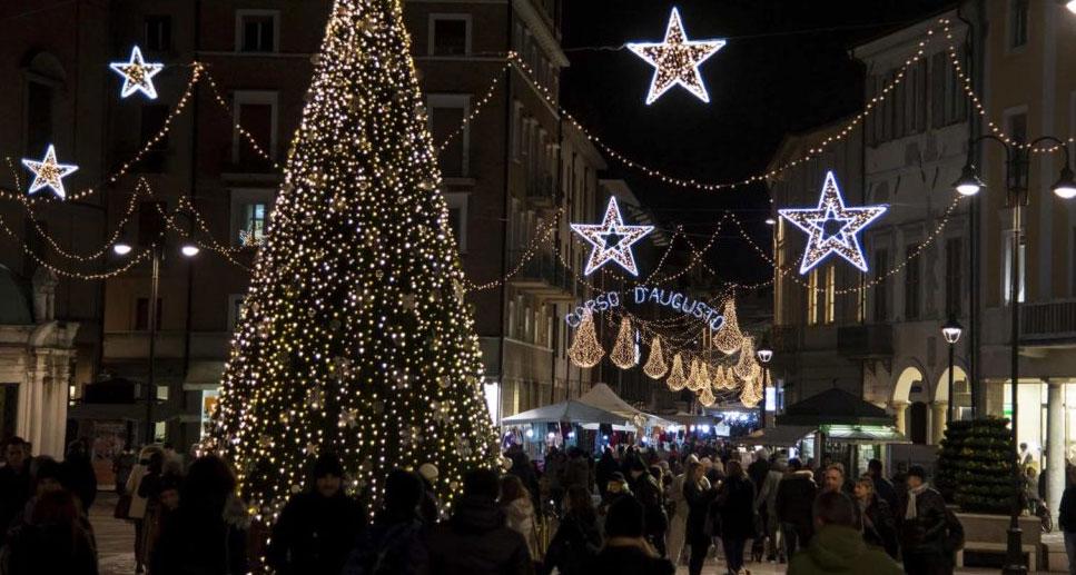 Rimini il capodanno pi lungo del mondo piuweb for Capodanno rimini