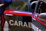 San Lazzaro di Savena: scambia due muratori per coppia gay e prende a pugni la loro auto