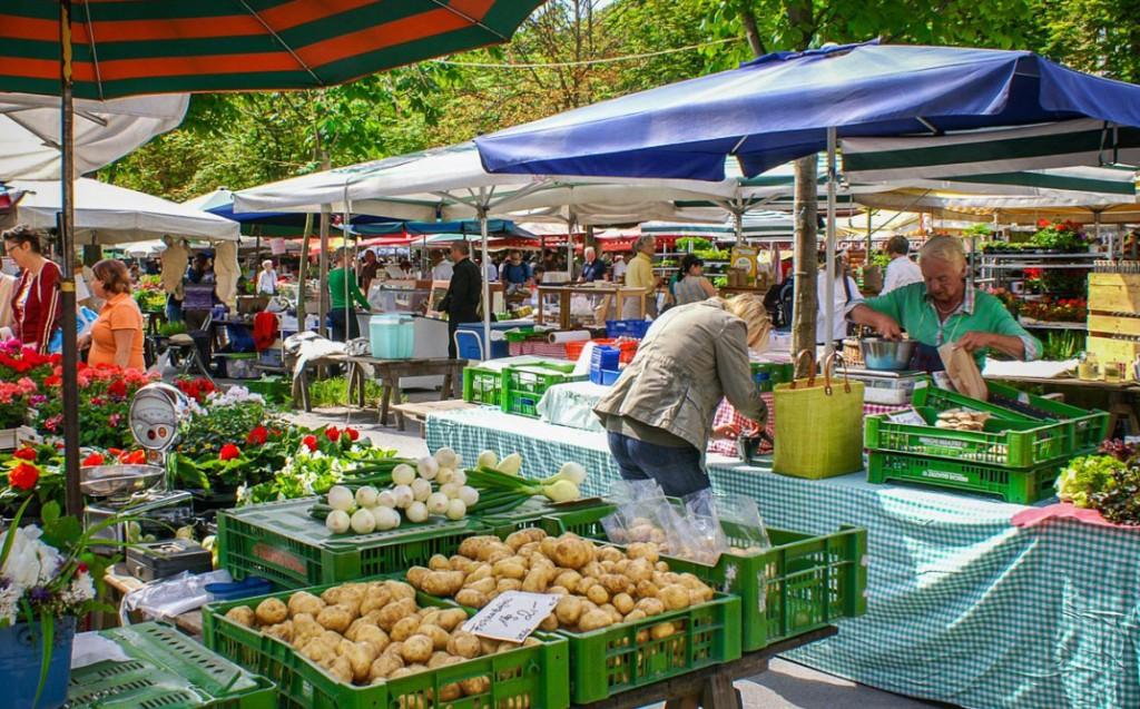 Ferrara - Da domani il Mercato a Cona