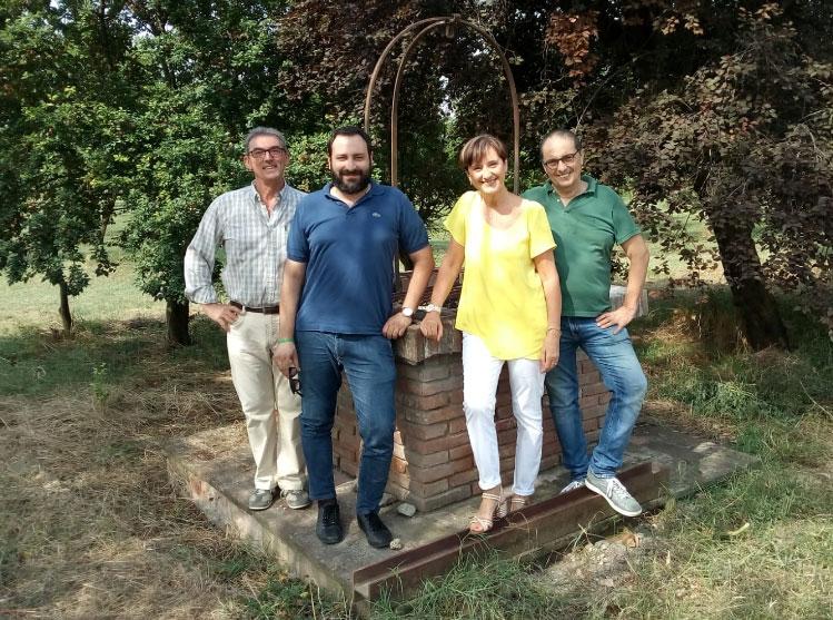 Bondeno (fe): Carlo Bertelli e la sua azienda agricola che produce l'uva bio...