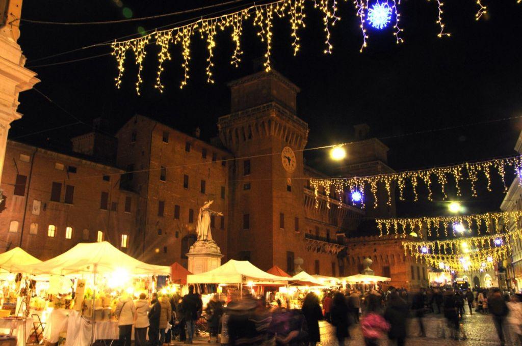 Ferrara: sabato 14 dicembre il passaggio degli Zampognari in centro