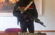 Imola (Bo): minorenne al parco con mimetica e il fucile d'assalto...panico tra la gente
