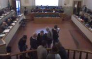 Ferrara: tensioni al consiglio comunale...domani alle 15 si continua. Tra i punti anche
