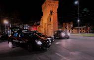 Bologna (fe): minaccia e percuote la compagna